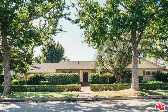 Photo of 9167 Carmelita Ave, Beverly Hills, CA 90210