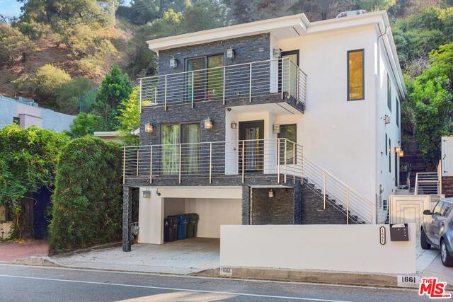 Photo of 1661 N Beverly Glen Blvd, Los Angeles, CA 90077