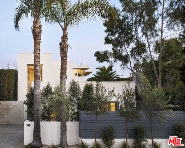 Photo of 748 Palms Blvd, Venice, CA 90291