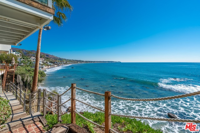 31532 Victoria Point Rd, Malibu, California 90265, 4 Bedrooms Bedrooms, ,5 BathroomsBathrooms,Residential Lease,For Sale,Victoria Point,20-643464