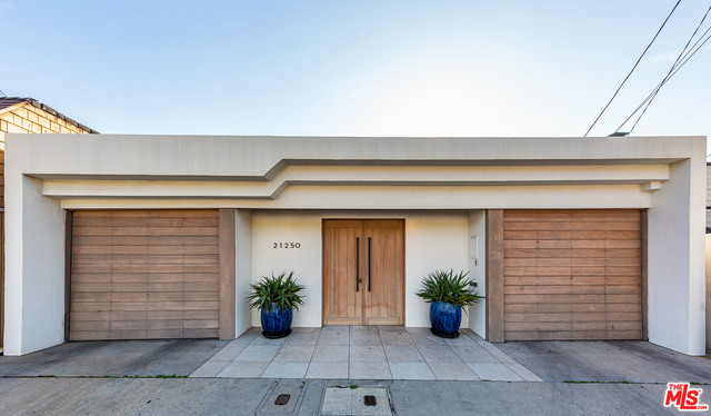 21250 Pacific Coast Hwy, Malibu, California 90265, 3 Bedrooms Bedrooms, ,3 BathroomsBathrooms,Residential Lease,For Sale,Pacific Coast,20-644122