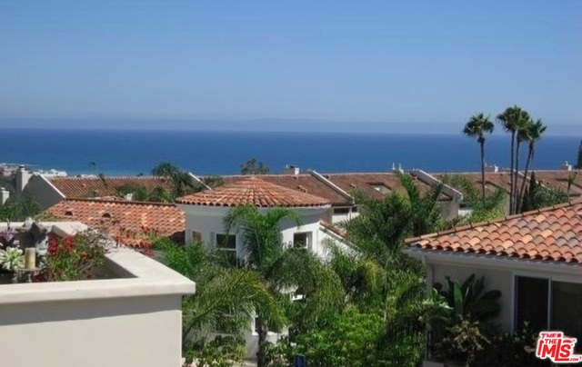 23951 DE VILLE WAY, MALIBU, California 90265, 2 Bedrooms Bedrooms, ,3 BathroomsBathrooms,Residential,For Sale,DE VILLE,20-644414