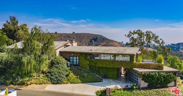 Photo of 3214 Tareco Dr, Hollywood, CA 90068