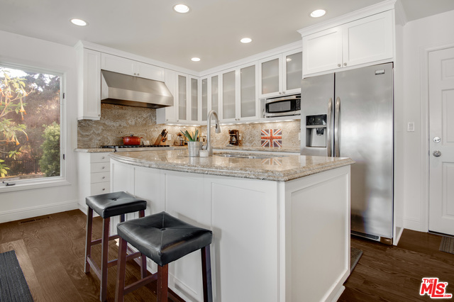 2356 Live Oak Meadows Rd, Malibu, California 90265, 5 Bedrooms Bedrooms, ,5 BathroomsBathrooms,Residential,For Sale,Live Oak Meadows,20-645544