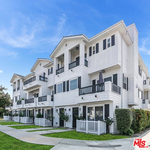 Photo of 4840 Cleon Ave #103, North Hollywood, CA 91601