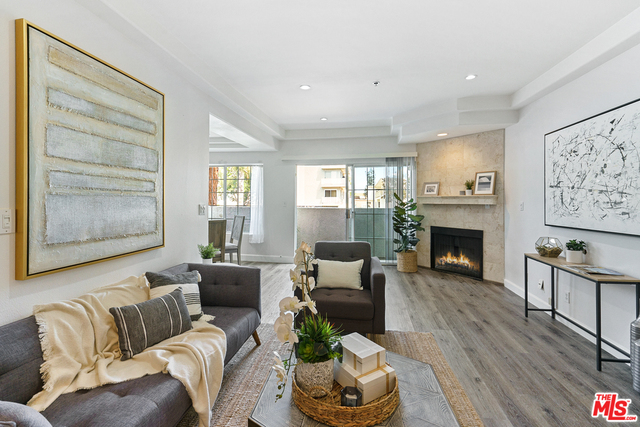 Photo of 3743 S Canfield Ave #102, Los Angeles, CA 90034