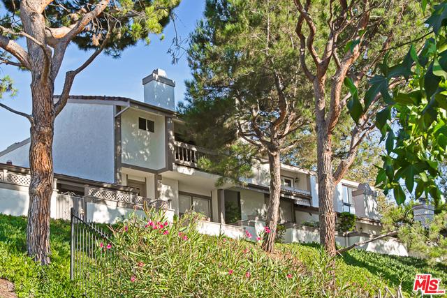 Photo of 17146 Palisades Cir, Pacific Palisades, CA 90272