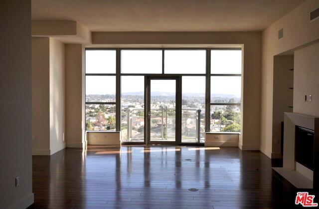 Photo of 10776 Wilshire Blvd #602, Los Angeles, CA 90024