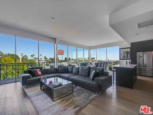 Photo of 1345 Havenhurst DR #10, WEST HOLLYWOOD, CA 90046