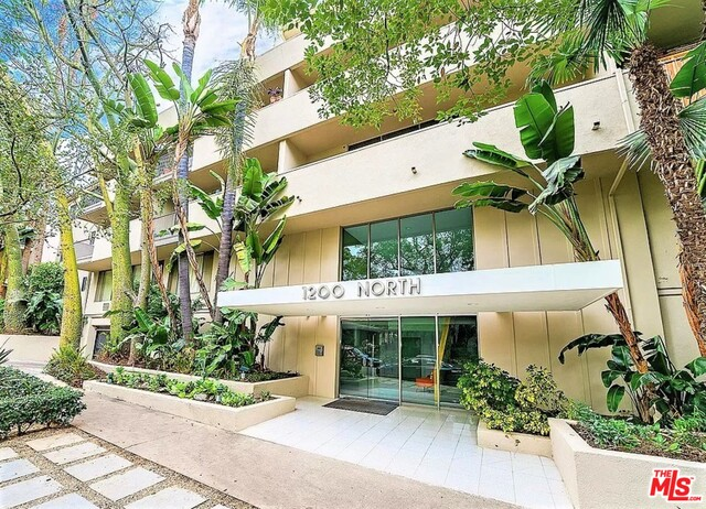 Photo of 1200 N Flores St #111, West Hollywood, CA 90069