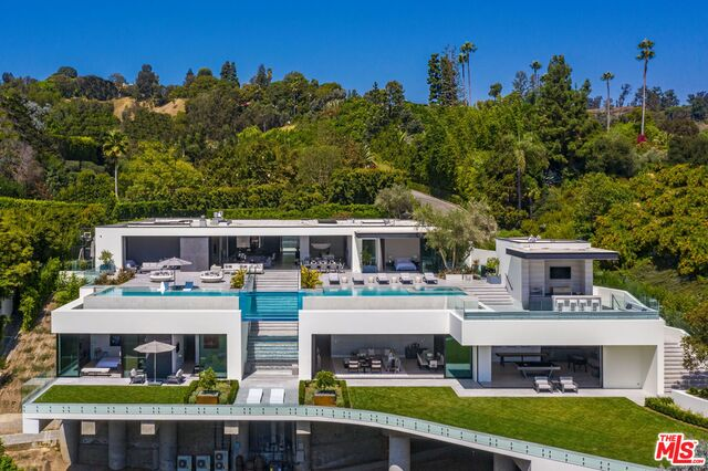 Photo of 1251 Tower Grove Dr, Beverly Hills, CA 90210
