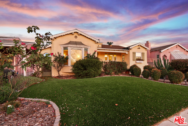 Photo of 8238 Park Cir, Inglewood, CA 90305