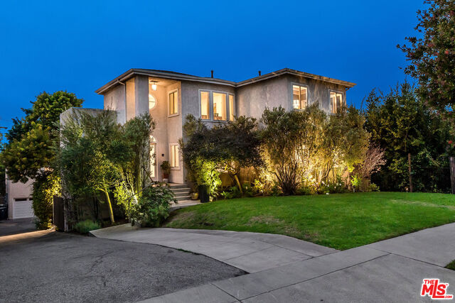 Photo of 3743 Ocean View Ave, Los Angeles, CA 90066
