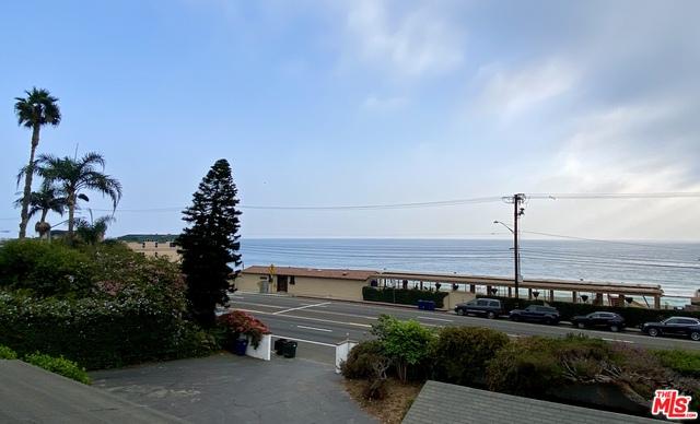 21453 Pacific Coast Hwy, Malibu, California 90265, 3 Bedrooms Bedrooms, ,2 BathroomsBathrooms,Residential,For Sale,Pacific Coast,20-650856