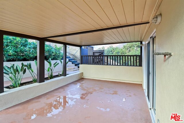 4077 Escondido Dr, Malibu, California 90265, 4 Bedrooms Bedrooms, ,3 BathroomsBathrooms,Residential,For Sale,Escondido,20-651132