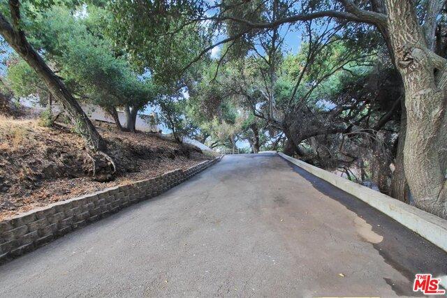 4077 Escondido Dr, Malibu, California 90265, 4 Bedrooms Bedrooms, ,3 BathroomsBathrooms,Residential,For Sale,Escondido,20-651132