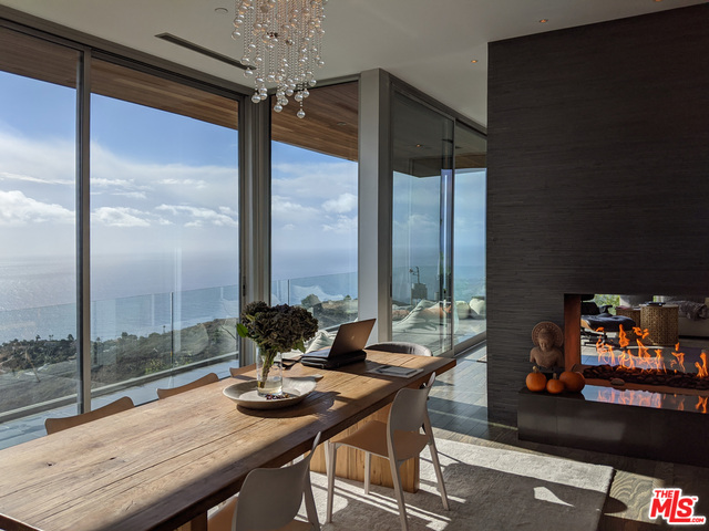 21766 Azurelee Dr, Malibu, California 90265, 5 Bedrooms Bedrooms, ,5 BathroomsBathrooms,Residential,For Sale,Azurelee,20-651670