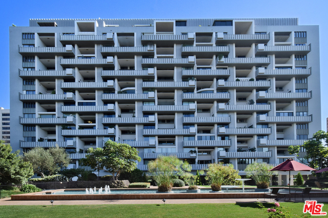 Photo of 10375 Wilshire Blvd #10A, Los Angeles, CA 90024