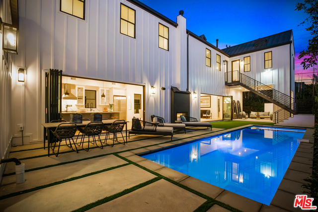 Photo of 8898 Hubbard St, Culver City, CA 90232
