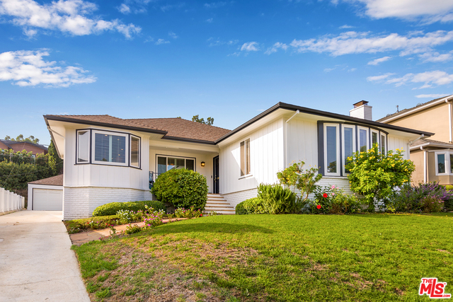 Photo of 2209 S Beverly Dr, Los Angeles, CA 90034