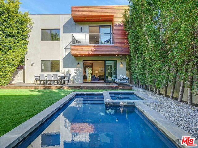 Photo of 701 Westbourne Dr, West Hollywood, CA 90069