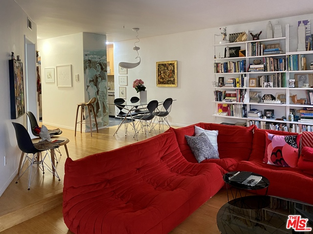 Photo of 10445 Eastborne Ave #205, Los Angeles, CA 90024