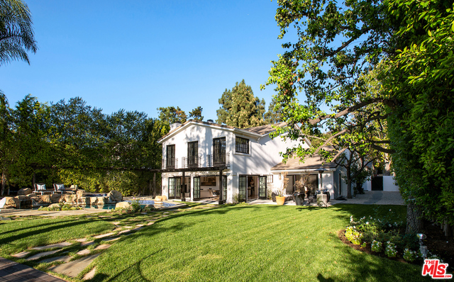 Photo of 9653 Wendover Dr, Beverly Hills, CA 90210