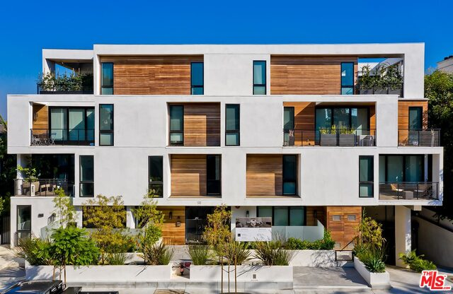 Photo of 132 N Swall DR #104, WEST HOLLYWOOD, CA 90048