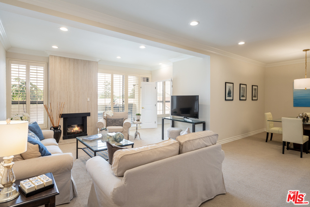 Photo of 15515 W Sunset Blvd #408, Pacific Palisades, CA 90272