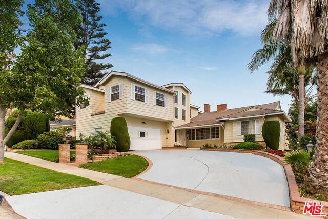 Photo of 5636 S Garth Ave, Los Angeles, CA 90056