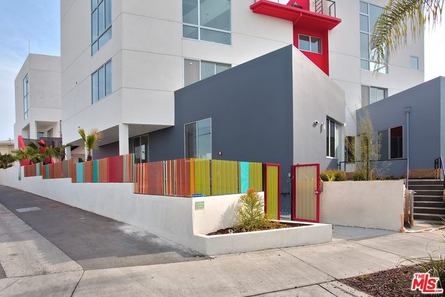 Photo of 616 N Croft Ave #PH8, WEST HOLLYWOOD, CA 90048