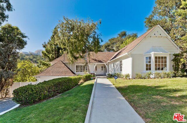 Photo of 11438 Thurston Cir, Los Angeles, CA 90049