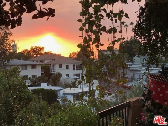 Photo of 10671 Holman Ave #305, Los Angeles, CA 90024