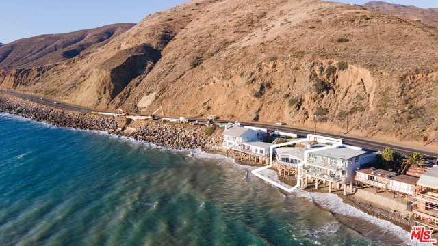 Pacific Coast Hwy, Malibu, California 90265, 3 Bedrooms Bedrooms, ,2 BathroomsBathrooms,Residential Lease,For Sale,Pacific Coast,20-659418