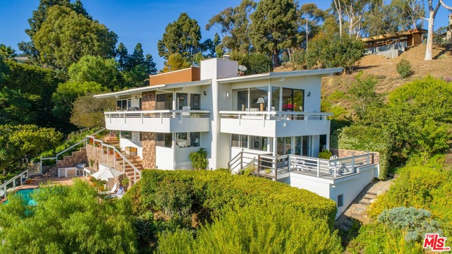 23812 Malibu Crest Dr, Malibu, California 90265, 3 Bedrooms Bedrooms, ,4 BathroomsBathrooms,Residential,For Sale,Malibu Crest,20-659696