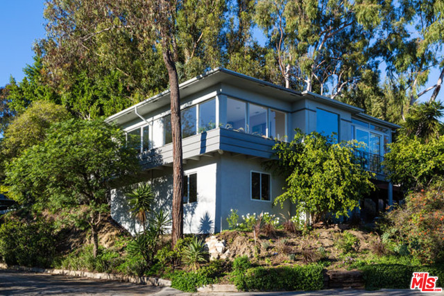 Photo of 1438 Davies Dr, Beverly Hills, CA 90210