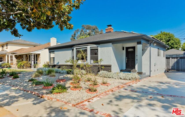 Photo of 10966 Fairbanks Way, Culver City, CA 90230