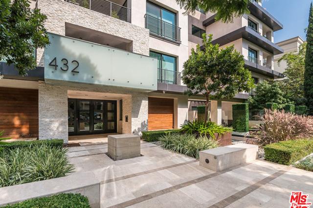 Photo of 432 N Oakhurst Dr #102, Beverly Hills, CA 90210