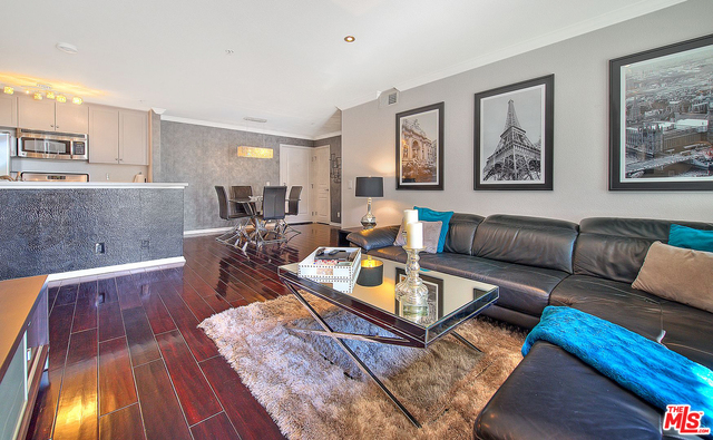 Photo of 7320 Hawthorn Ave #108, Los Angeles, CA 90046