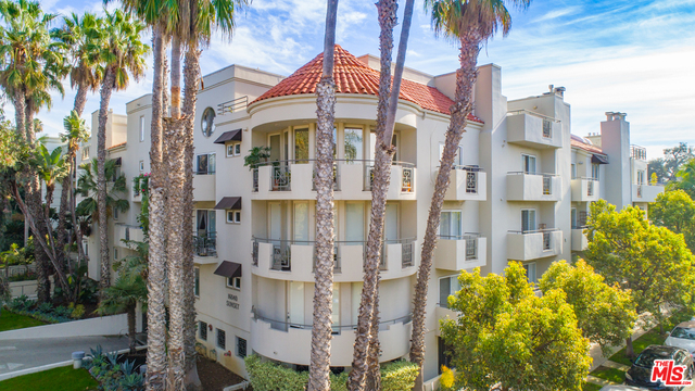 Photo of 16040 W Sunset Blvd #303, Pacific Palisades, CA 90272