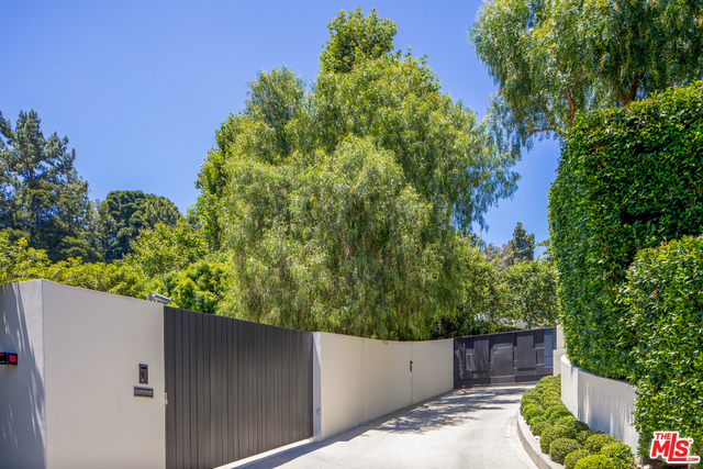 Photo of 1196 Cabrillo Dr, Beverly Hills, CA 90210