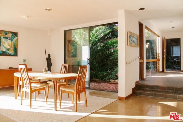 24150 Malibu Rd, Malibu, California 90265, 3 Bedrooms Bedrooms, ,3 BathroomsBathrooms,Residential Lease,For Sale,Malibu,20-663600