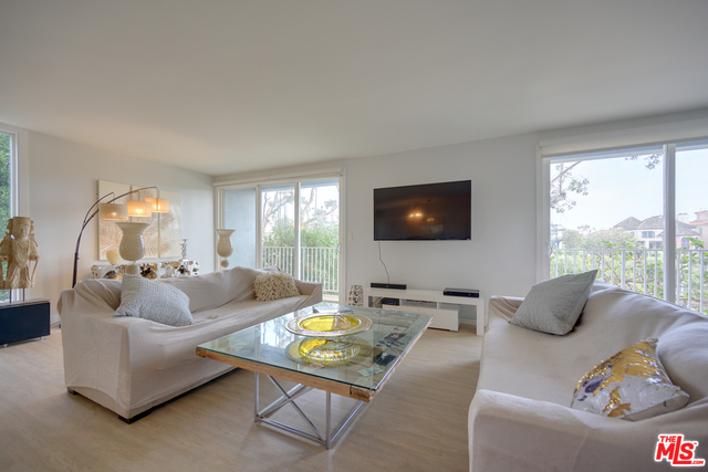 Photo of 25 Northstar St #2, MARINA DEL REY, CA 90292