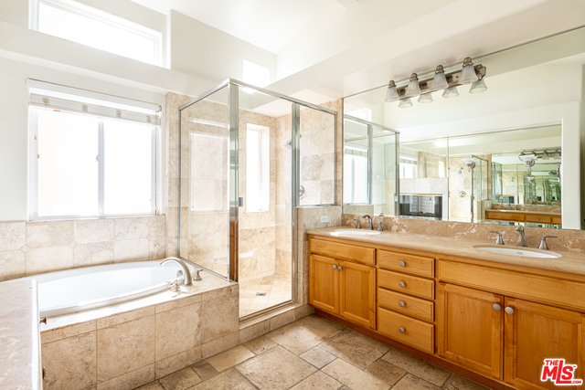 6466 Lunita Rd, Malibu, California 90265, 2 Bedrooms Bedrooms, ,3 BathroomsBathrooms,Residential,For Sale,Lunita,20-665818