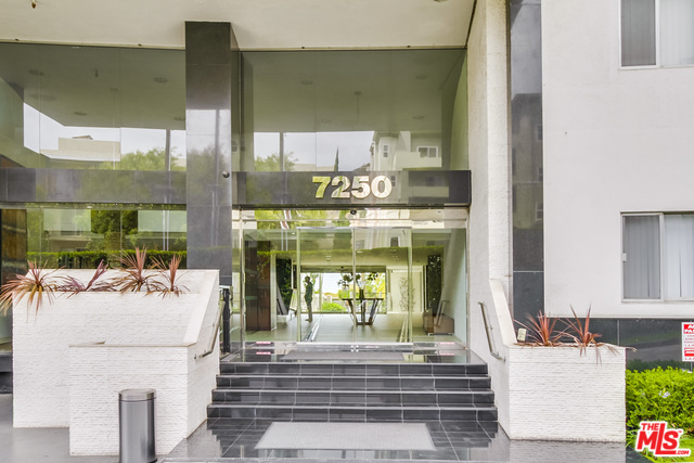 Photo of 7250 FRANKLIN AVE #206, LOS ANGELES, CA 90046