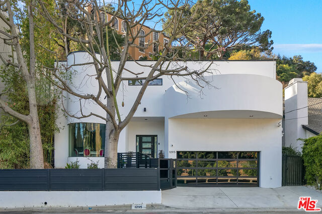 Photo of 1295 N Beverly Dr, Beverly Hills, CA 90210