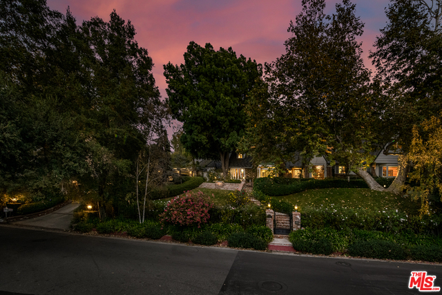 Photo of 3240 Fryman Rd, Studio City, CA 91604
