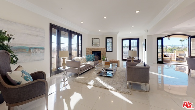Photo of 462 S MAPLE DR #PH, BEVERLY HILLS, CA 90212