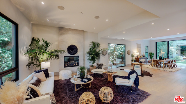 Photo of 701 HUNTLEY DR, WEST HOLLYWOOD, CA 90069