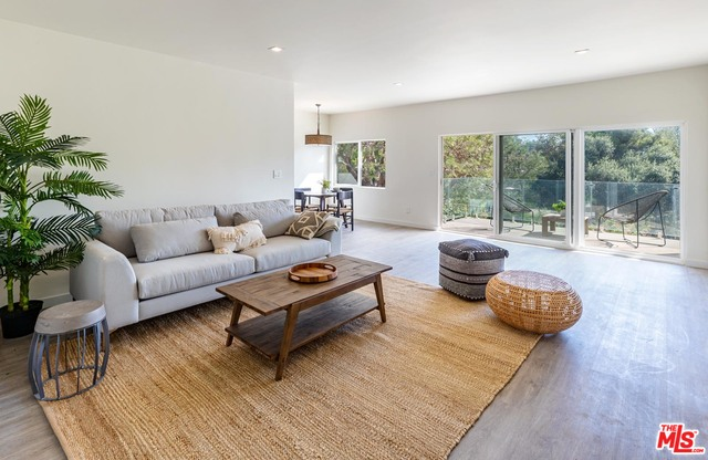 6475 Sycamore Meadows Dr, Malibu, California 90265, 1 Bedroom Bedrooms, ,1 BathroomBathrooms,Residential Lease,For Sale,Sycamore Meadows,20-669738